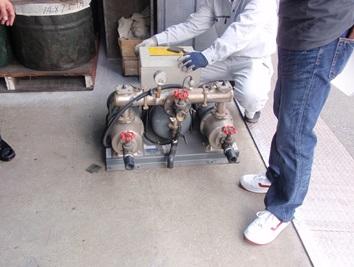 ブースターポンプ切替工事 既設給水ポンプユニット 撤去・搬出