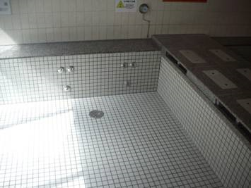温浴施設 スケール特殊清掃後